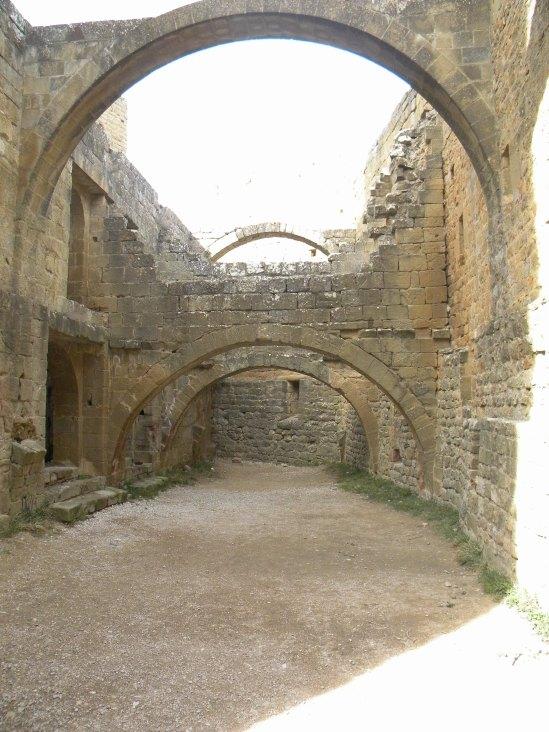 24 Mosteiro