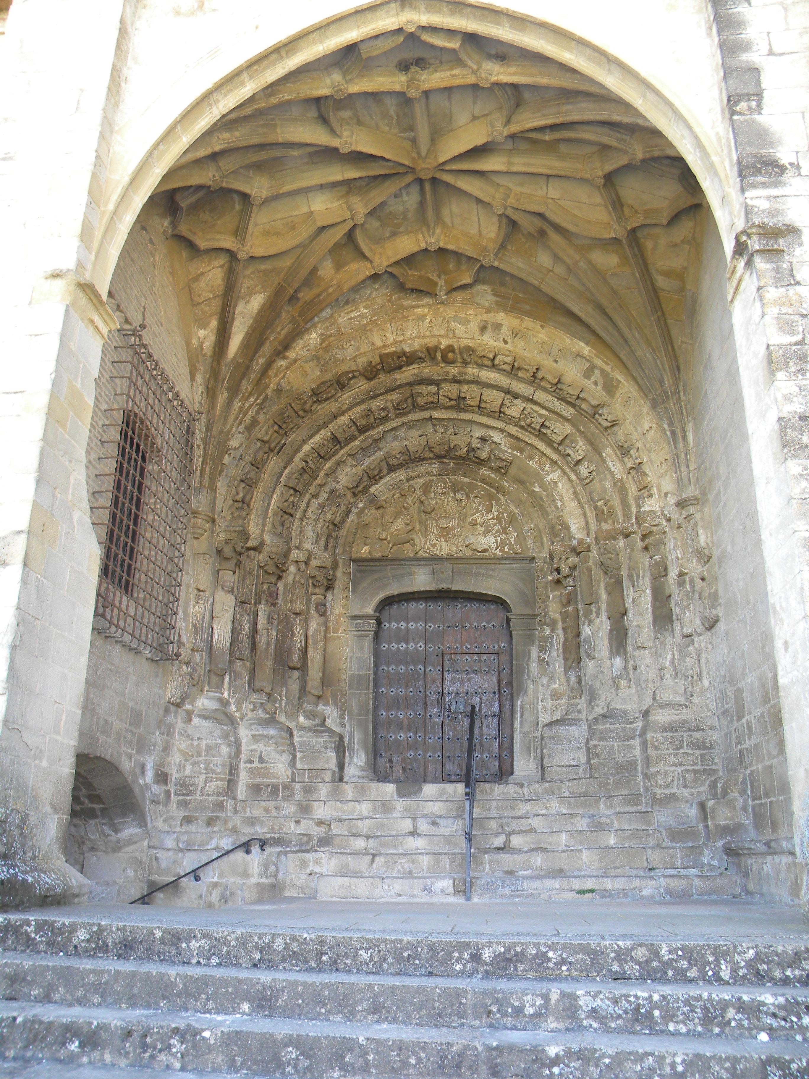 28 Portico da Catedral