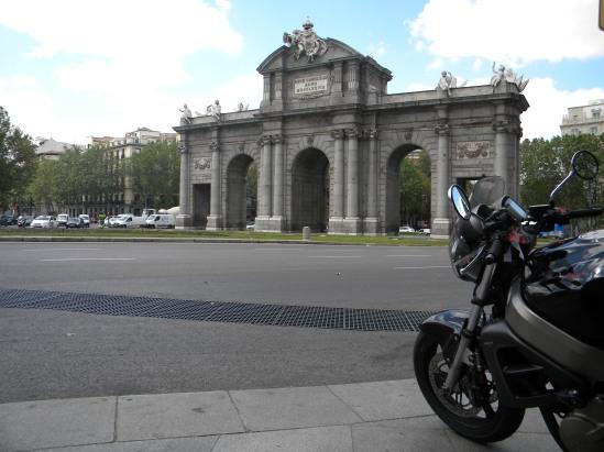 3 Puerta de Alcalá